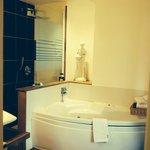 Bathroom of the Berthe Suite