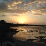 Un coucher de soleil sur mer