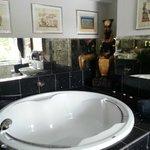 Badezimmer im Ägypten-Zimmer