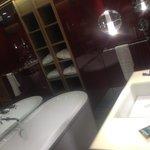 Bath & Rain shower in each room