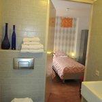 Habitación desde el cuarto de baño
