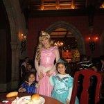 En la cena nos visito Aurora!