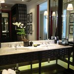 Huge double sink with many amenities