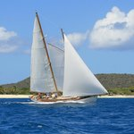 Sailing Grenadine Islands with Schooner Heron
