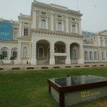 As a bonus,Singapore National Museum is just next door