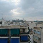Такой вид утром на Акрополь