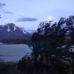 Full moon overy Lago Grey