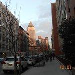 Blick vor dem Hotel Richtung Innenstadt