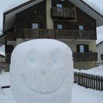 Selv sneen smiler