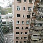 Вид из окна - окна в окна