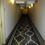 Hallway - LQ Springfield (Jan. 2014)