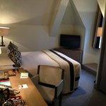 Vue de la chambre côté lit (Standard room 1 double bed)
