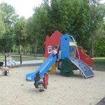 Camping Tournefeuille - Romorantin - Sologne - espace jeux enfants