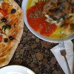 Calzone pollo and Vegetariana Pizza