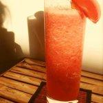 オススメのトマトフレッシュジュースです。 一度飲んでみてください(^-^)