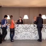 Rydges Melbourne Lobby
