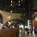 lobby a noite