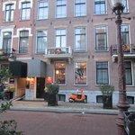 Hotel Vondel - Front