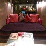 lounge na entrada do hotel