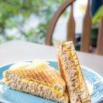 Peter's Tuna Melt 熱烤鮪魚芝士