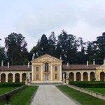 il complesso della villa monumentale