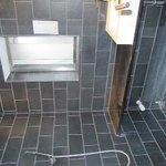 salle de douche et son calcaire