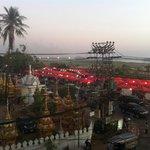 Vista dalla nostra camera, laterale ma comunque con veduta sul Mekong