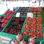 frutto di bsc, fragole,ciliegie