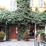 El restaurante al lado del hotel