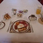 An Ulster fry to start the day - surprisingly non-greasy!