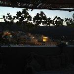 la vue de nuit du toit