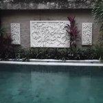 Acogedor diseño de la piscina