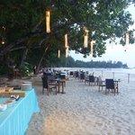 Dukning för middag / BBQ på stranden