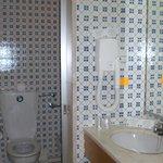 Comfy tiles bath