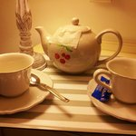 Hot tea brought to the room on a tray! I don't get this at a 4 star hotel.
