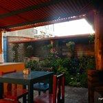 Cuisine / jardin / salle à manger