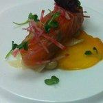 Gravlax de saumon salma tourbé. Galette de blé de noir.