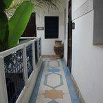 sérénité ( patio desservant les chambres de l'étage)