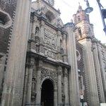 Iglesia del sector, Nuestra Señora del Sagrado Corazon