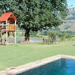 Silver hill lodge- no security at pool
