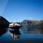 Ahora no tengo mis fotos a mano pero el Kaikén Patagonia esta como se ve en la foto.