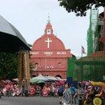 マラッカのキリスト教教会、今のこの国はイスラムですが現役です
