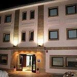Fachada Hotel Entredos