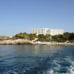 Hotel, vue de bateau.