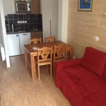 our appartment ( nothing like the online picture)