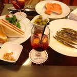 Tapas in the Bar, Hotel Colon