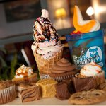 12 Flavors Frozen Yogurt, 30+ Toppings, Cookies, Coffee and more.....