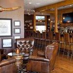 Merrill & Houston's Steak Joint (Lounge)