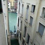 Blick vom Zimmer auf den Canal Grande