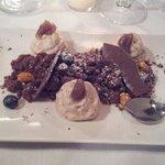 Dolce mousse nocciola marron glaces e cioccolato